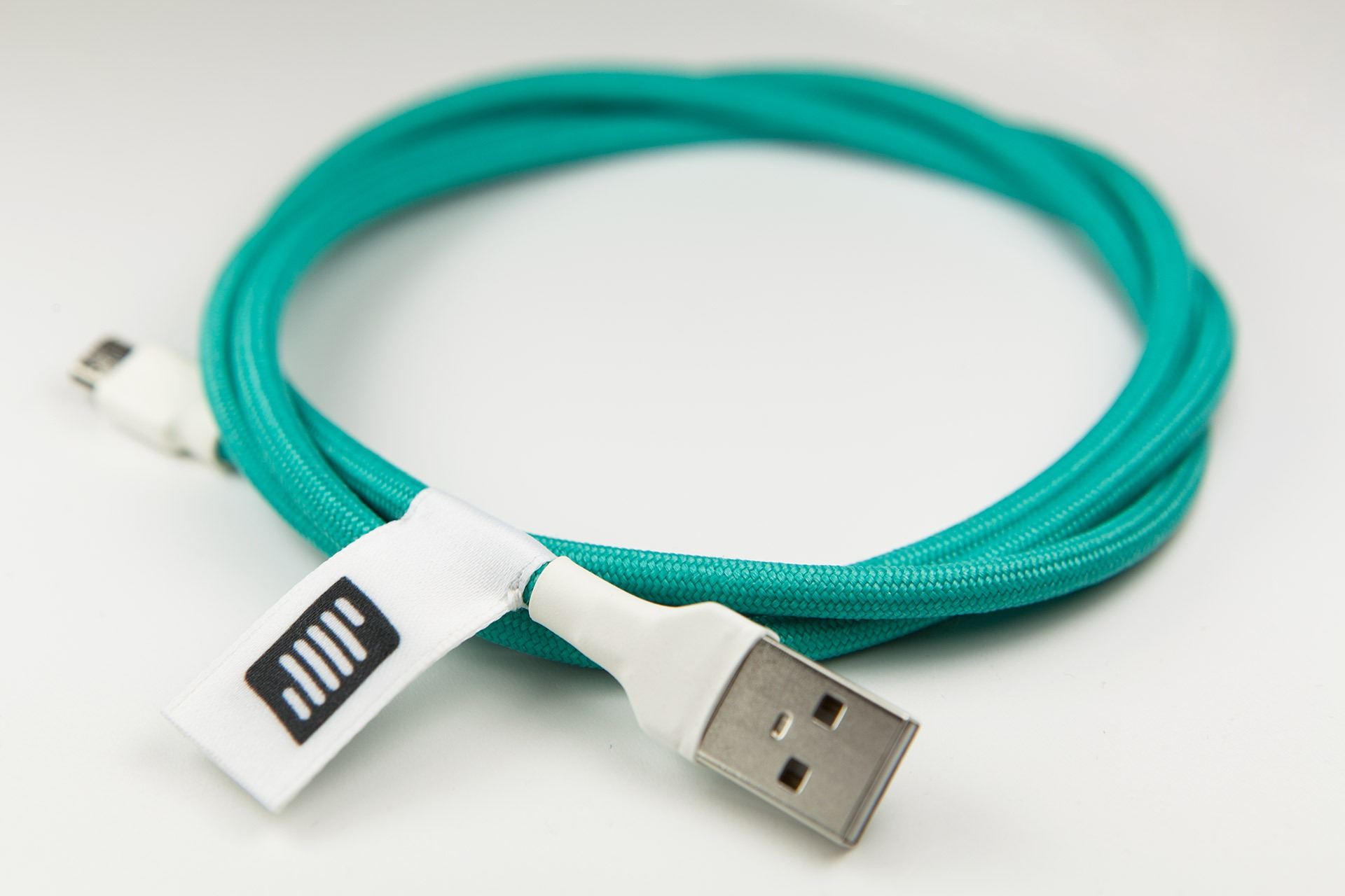 Clark Kable | Custom made USB cables for mechanical keyboard enthusiasts